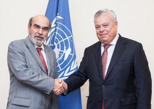 El Director General de la FAO con el Comisionado de CONAPESCA